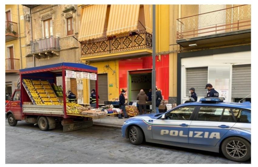 Polizia di Sato, contrasto all'abusivismo commerciale. A Gela e Niscemi: sanzioni e sequestri