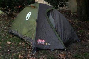 Tedesco campeggia ai giardini di Castello, multato