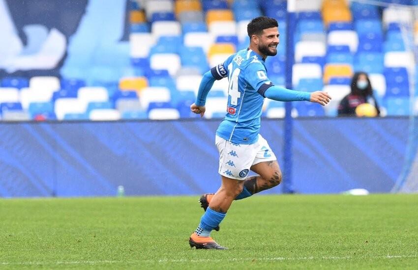 Napoli-Fiorentina 6-0, valanga azzurra sui viola. Insigne show