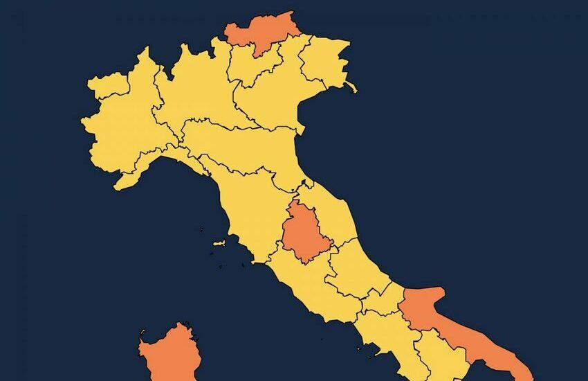 """Coronavirus, lunedì la Liguria torna """"gialla"""": cosa cambia"""