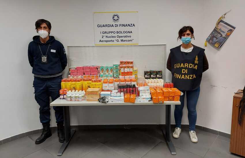 Bologna: scovato traffico illegale di medicinali e cosmetici