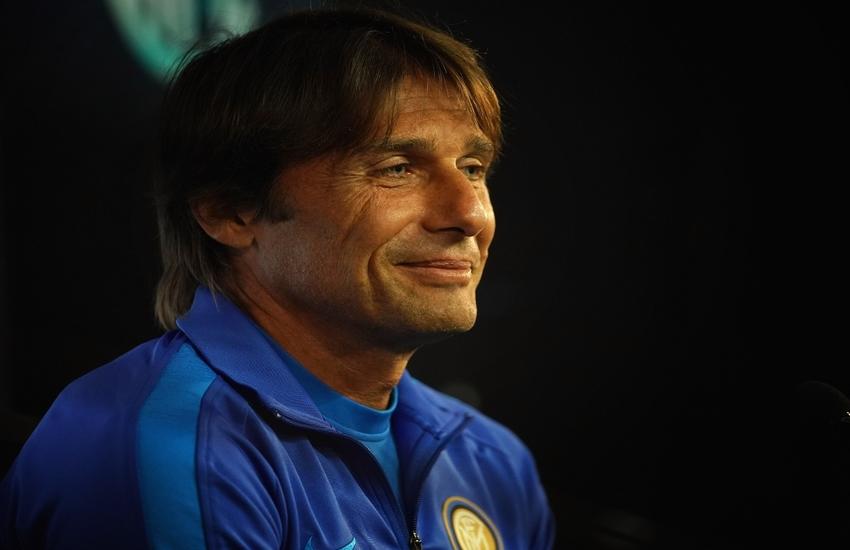 Milan-Inter: Conte non pensa alla fuga, 'Mancano ancora 16 partite'