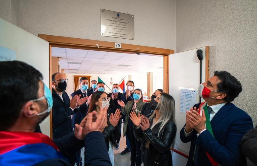 Librino, sala consiliare del VI Municipio intitolata all'ex militare Salvo Cannizzo