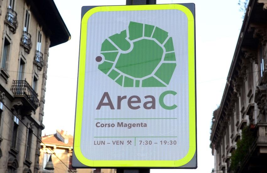 Milano: Assessore Cattaneo, 'Area C mezzo per far soldi o foglia di fico'
