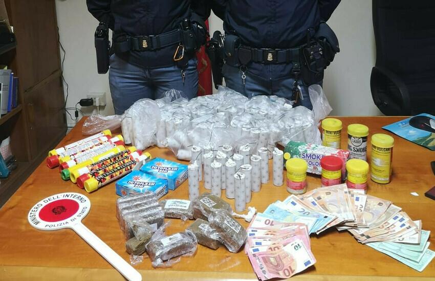Roma, nascondevano bombe carta e droga nella sala scommesse, arrestati 2 fratelli romani