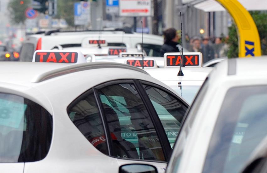 Milano: Con i nuovi buoni taxi, finanziato il 50% della corsa