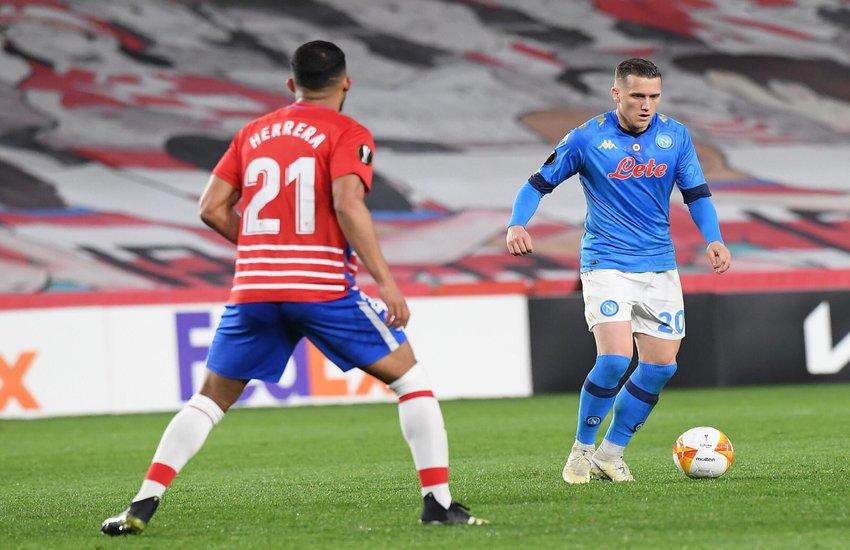 Napoli-Granada 2-1, una vittoria col sapore della sconfitta. Addio anche all'Europa League