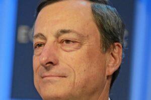 """Draghi a Tripoli: """"aumentare le borse di studio per gli studenti libici che studiano italiano"""""""