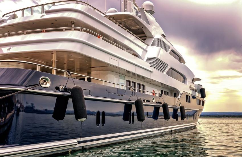 Vacanze in barca, tutto l'entusiasmo del vento fra i capelli