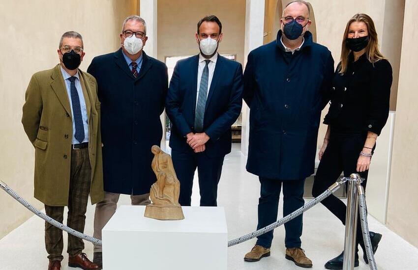 """DONATO AI MUSEI CIVICI """"IL PENSIEROSO"""" DI ARTURO MARTINI"""