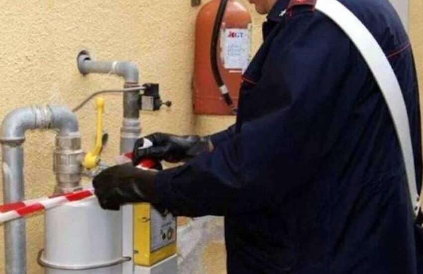 Camporotondo Etneo, avevano manomesso il contatore del gas per far registrare un minor consumo: denunciati