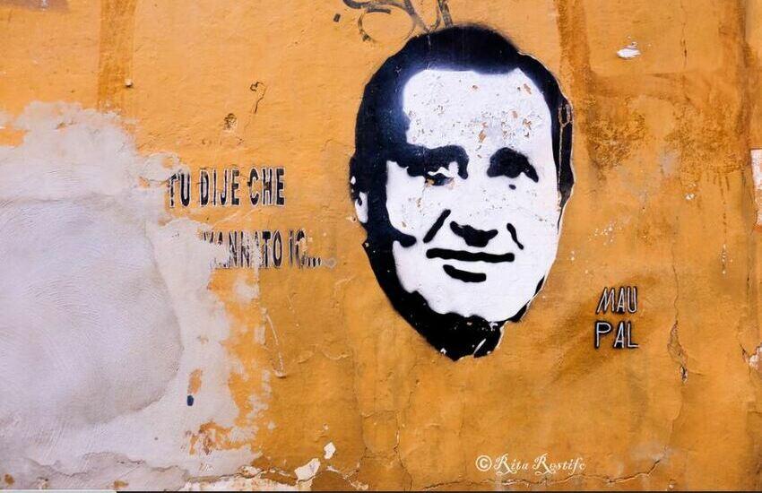 La Roma ricorda Sordi con un murales