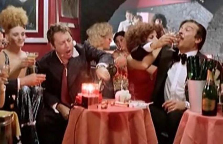 Covid, festa da ballo abusiva a Sanremo: 20 multati