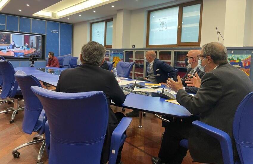 """Musumeci al ministro Carfagna: """"Ristori immediati"""". Ecco le altre priorità"""