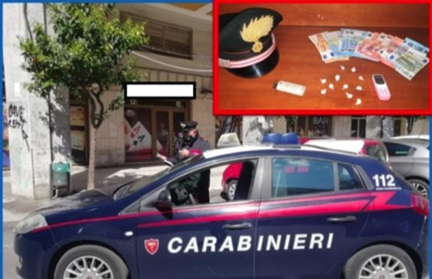"Acireale, vendevano ""coca"" in piazza Europa: fratelli-pusher arrestati"