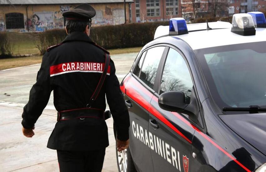Milano: Picchiarono Carabinieri, due arresti