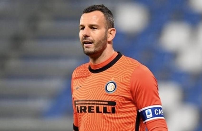 Inter: Anche Samir Handanovic positivo al coronavirus