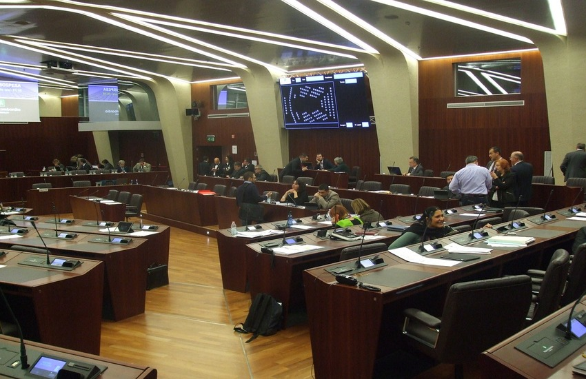Covid: Da Regione Lombardia 32,4 milioni per aiutare famiglie in difficoltà