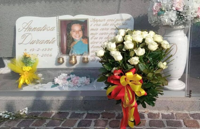Anniversario della morte di Annalisa Durante, un mazzo di rose per non dimenticare
