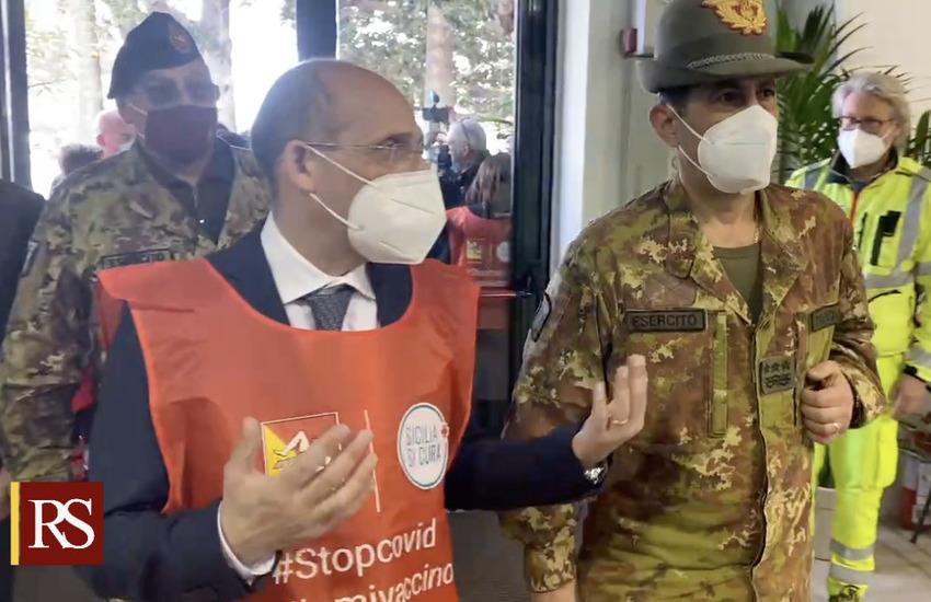 Catania, vaccini in Sicilia: Figliuolo, in pieno target, ora raddoppiare con nuovi hub