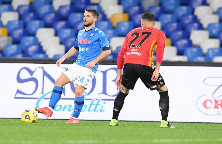Napoli-Benevento 2-0, il derby campano è azzurro