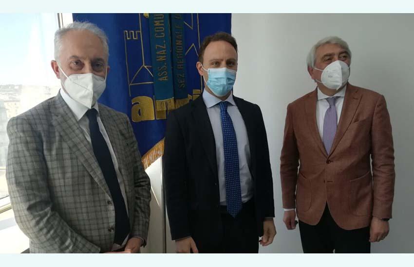 Piero De Luca, Carlo Marino, Domenico Biancardi insieme per far slittare una scadenza