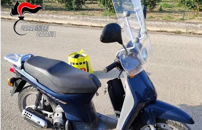 Ramacca, 42enne romeno beccato su ciclomotore rubato: denunciato