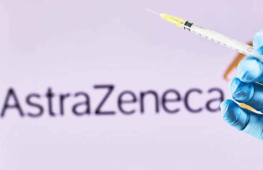 """Covid, c'è il via libera di Ema ad AstraZeneca: """"Il vaccino è sicuro ed efficace"""""""
