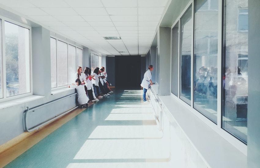 Emilia-Romagna: ok all'assunzione dei medici specializzandi