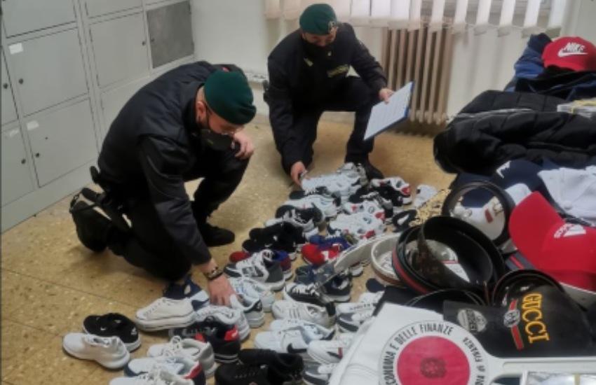 Guardia di Finanza: sequestrati in Provincia oltre 500 articoli contraffatti