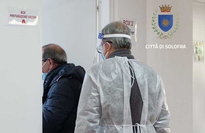 Chiusura dei centri vaccinali di Solofra e Montemarano. Ecco però quelli che riaprono