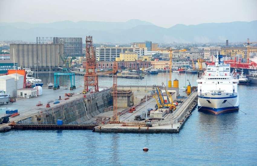 Napoli, Ricostruire il rapporto tra città e mare: la commissione Politiche urbane ha incontrato il nuovo presidente dell'Autorità Portuale