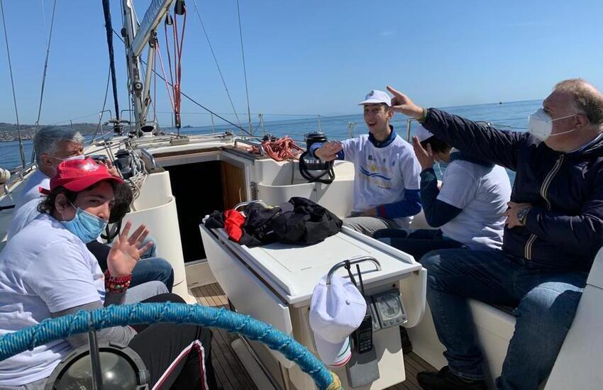 Catania, barche confiscate dallo Stato hanno ospitato dieci disabili