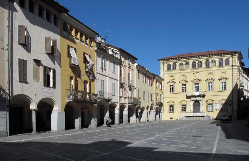 Biella, al Piazzo cambiano gli orari della viabilità