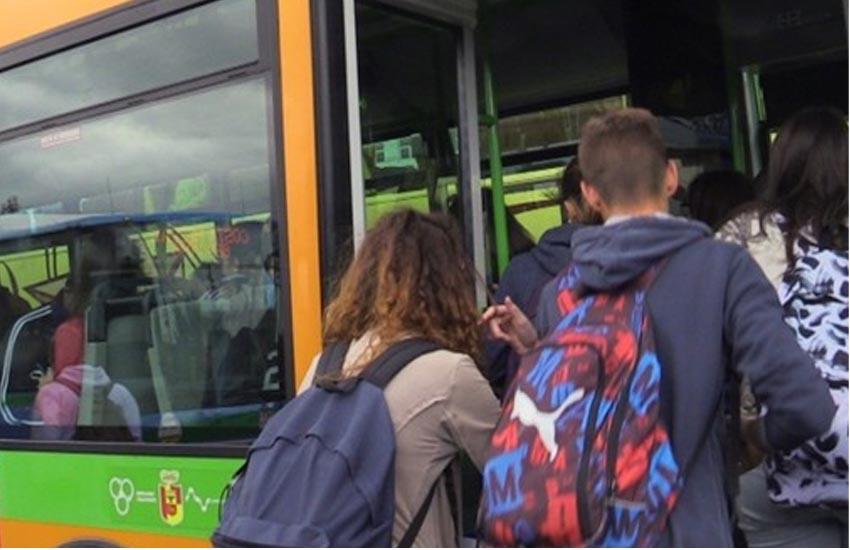 """Tagli al Fondo regionale del Trasporto pubblico locale, interrogazione di Paolucci all'esecutivo: """"Preoccupante deriva su un altro dei servizi essenziali, la mobilità"""""""