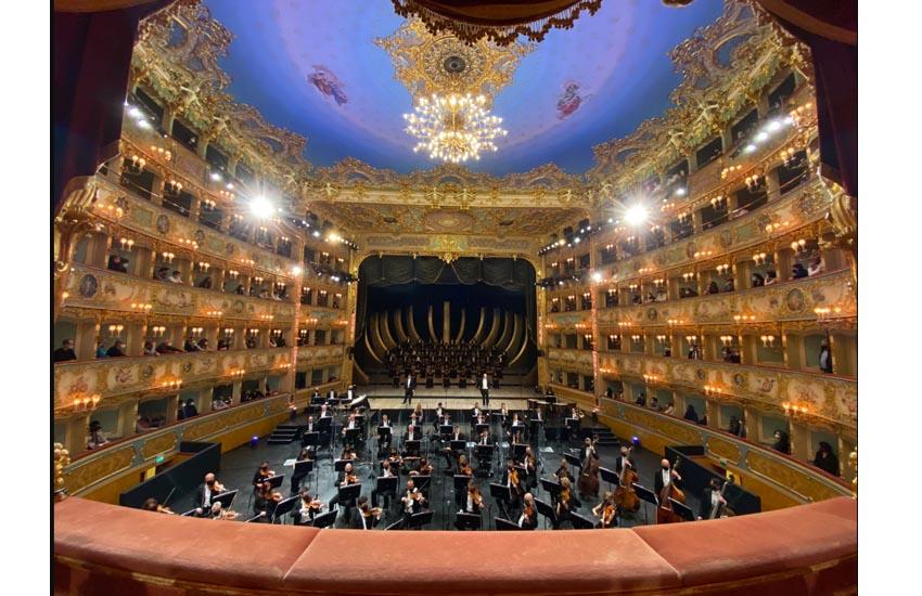 Venezia, La Fenice ha riaperto al pubblico con un concerto dedicato ai giovani