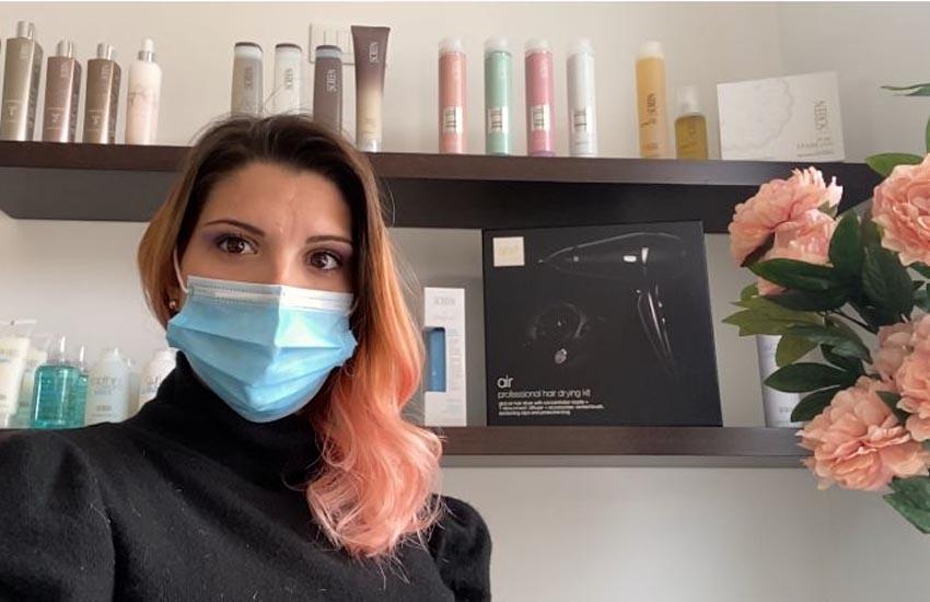 San Stino. Jasminne, 28 anni, sfida la pandemia: oggi apre il suo salone da parrucchiera