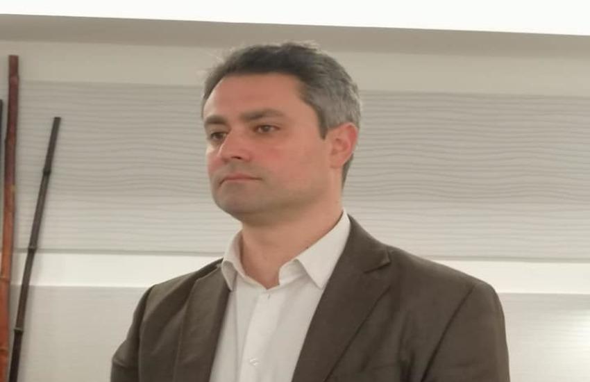 """Ragusa, per Mario D'Asta riaprire è """"inderogabile"""""""