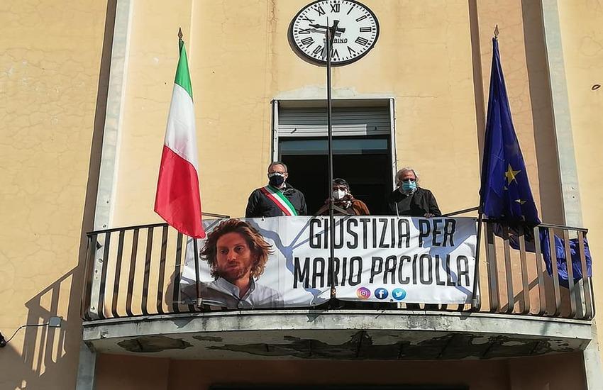 """""""Giustizia per Mario Paciolla"""": manifestazioni di solidarietà dei sindaci a Casoria, Caivano e Crispano"""