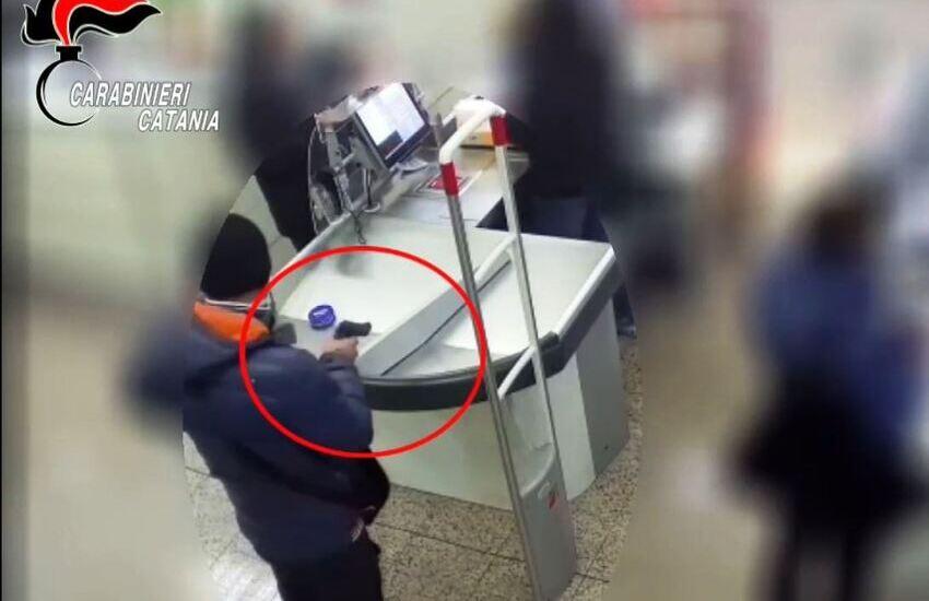 [VIDEO]Paternò, messa la parola fine agli assalti di un rapinatore seriale