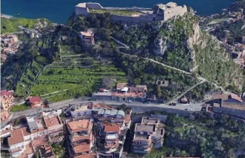 Taormina, dissesto idrogeologico: via ai lavori sulla scalinata del Castello di Monte Tauro