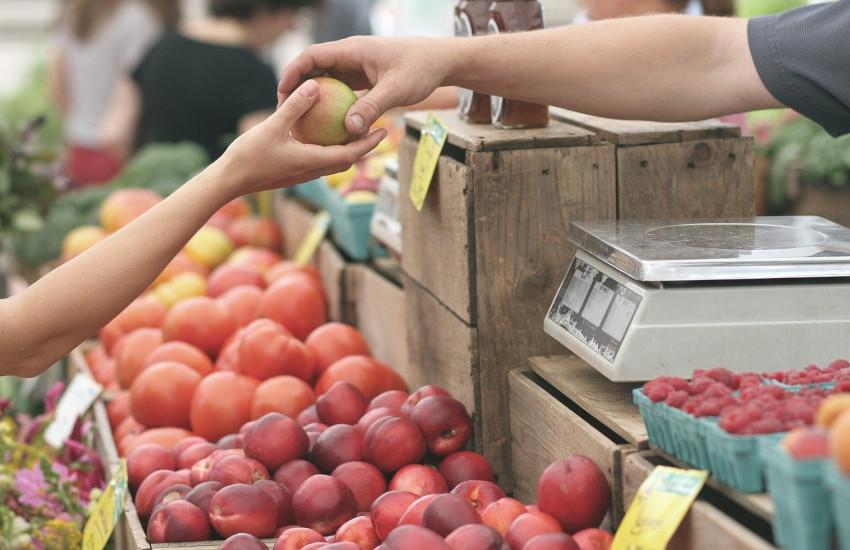 Prezzi al consumo: a marzo +0,7% rispetto al 2020