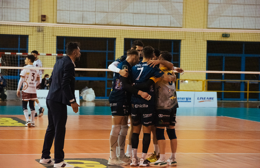 Volley, per l'Avimecc Modica sfuma il sogno nei playoff