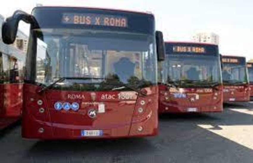 Raggi, in arrivo a Roma 82 nuovi bus.