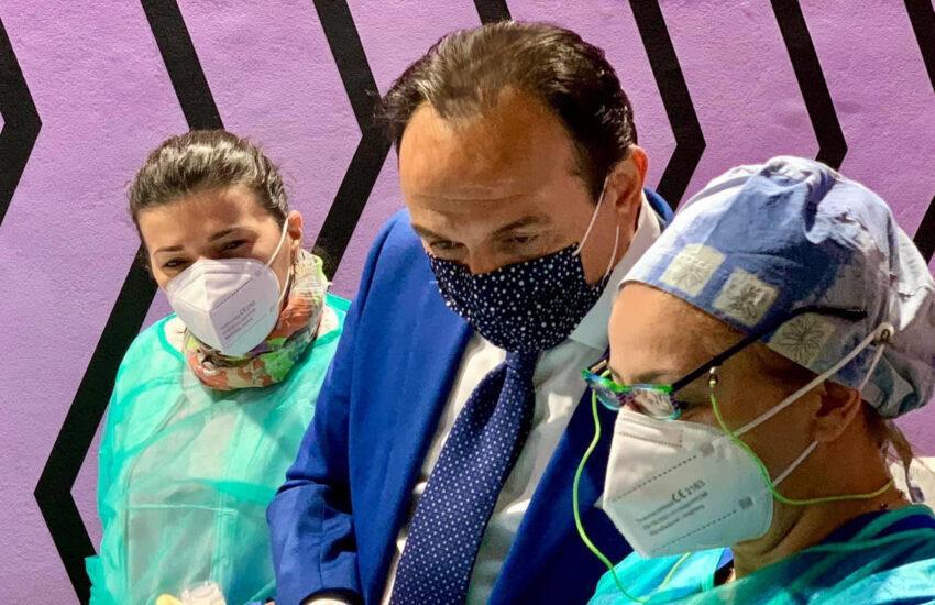Piemonte, oggi via ai vaccini in azienda