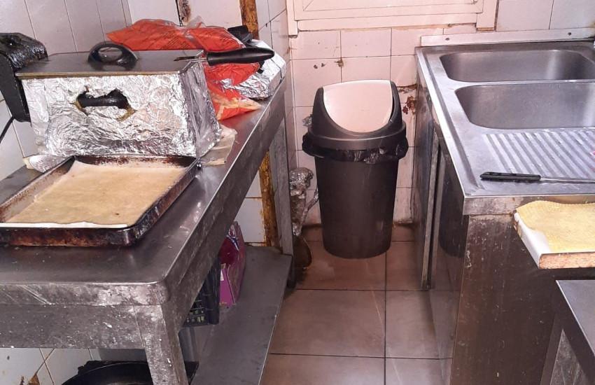 Alimenti mal conservati, 1.730 euro di multa a pizzeria-kebab di Torino