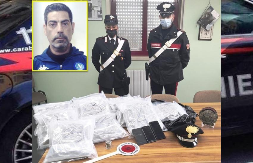 """Gravina di Catania, vede il cane e consegna la droga, arrestato pusher con 7 chili di """"erba"""""""