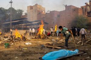 Coronavirus: la terribile situazione che l'India vive