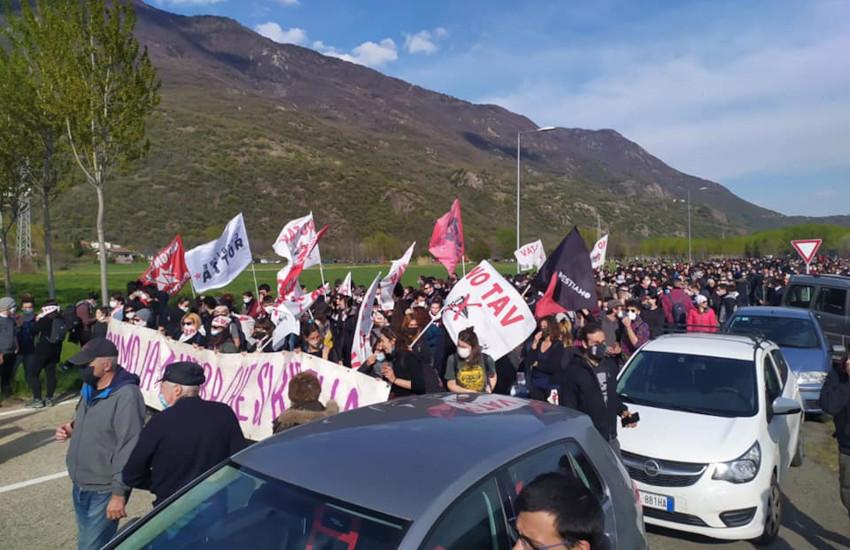 San Didero: 4.000 alla manifestazione No TAV, bloccata la A32
