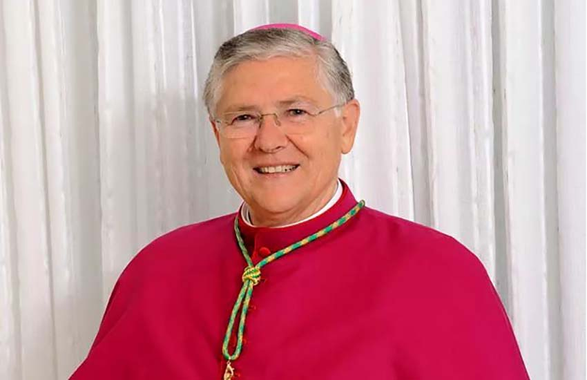 """""""Pregate anche per me"""": positivo a covid il vescovo di Sessa Aurunca, mons. Piazza"""